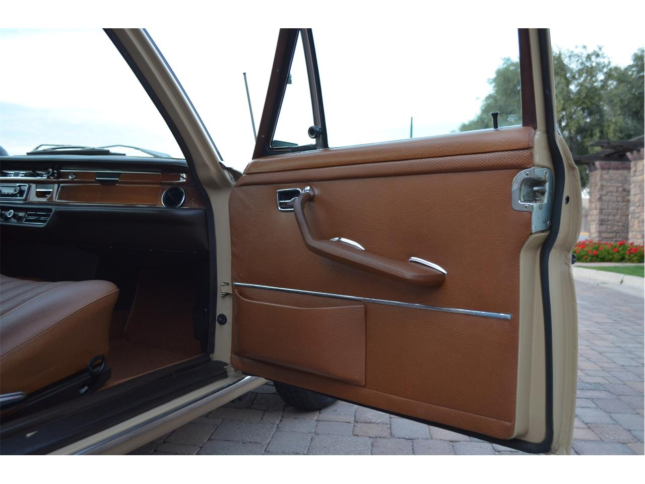 Large Picture of Classic 1973 280SEL located in Chandler Arizona - PNR0