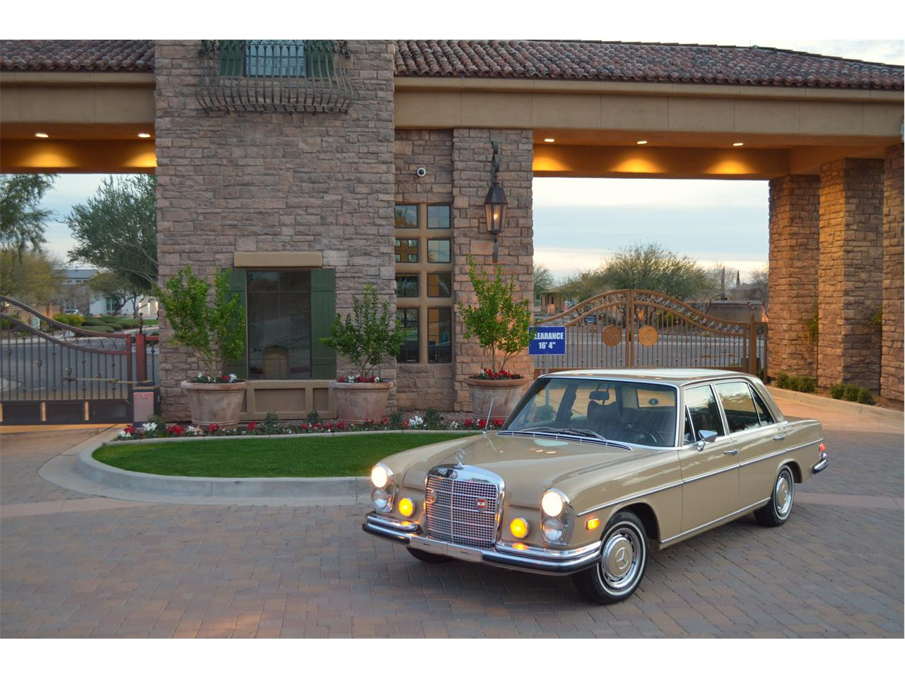 Large Picture of Classic 1973 280SEL - PNR0