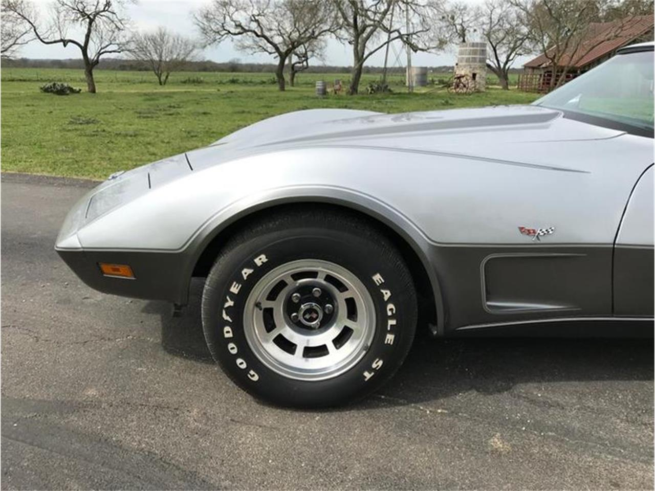 Large Picture of '78 Corvette located in Fredericksburg Texas - PNTP