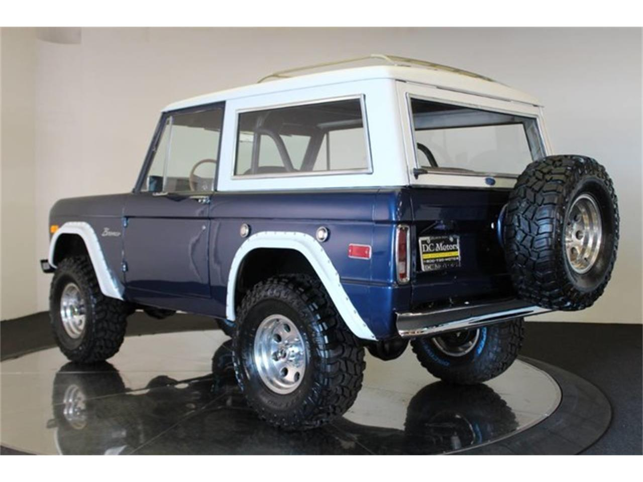 Large Picture of '74 Bronco - PNTZ