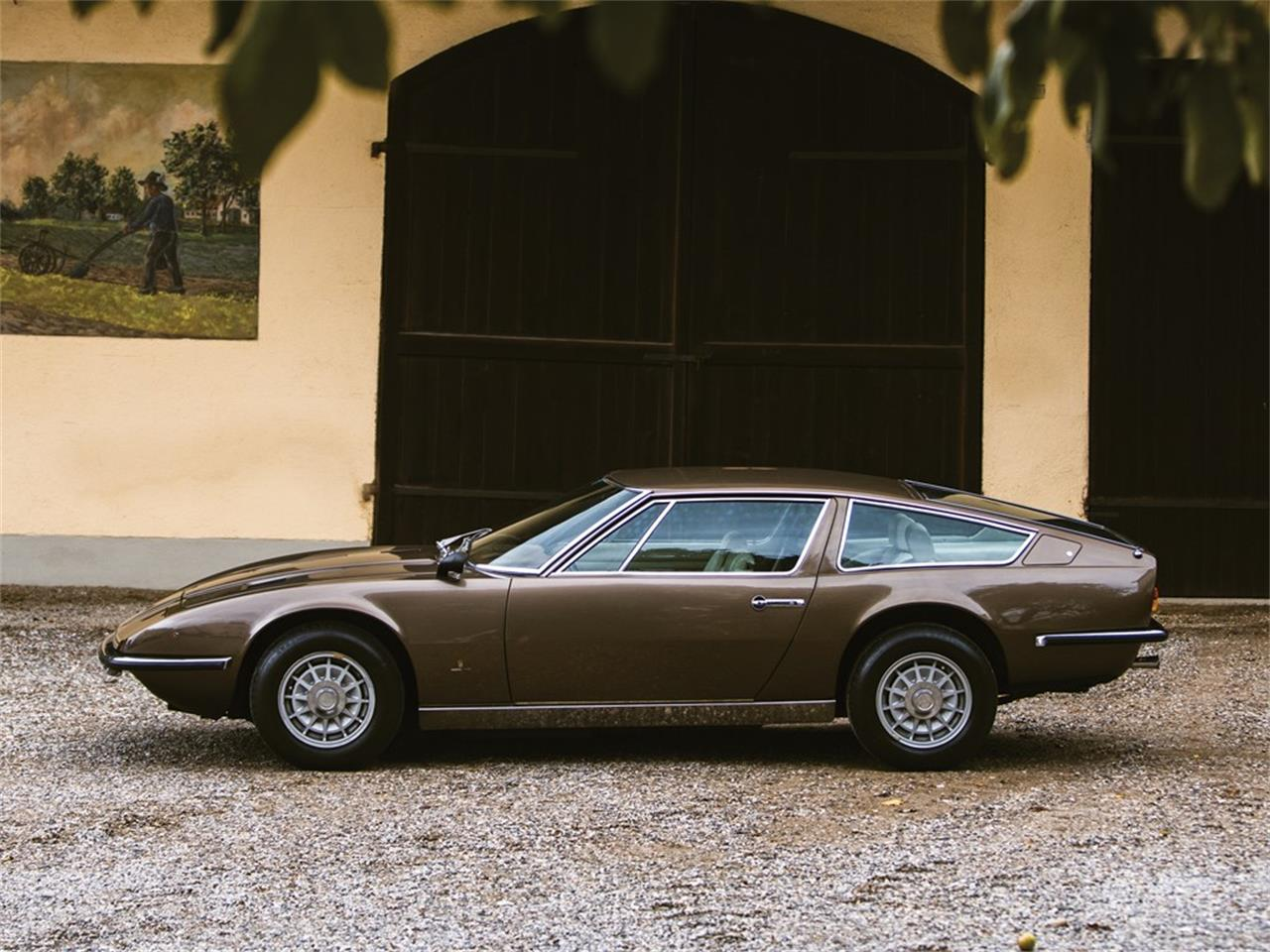 Large Picture of 1974 Maserati Indy located in  Auction Vehicle Offered by RM Sotheby's - PNYD