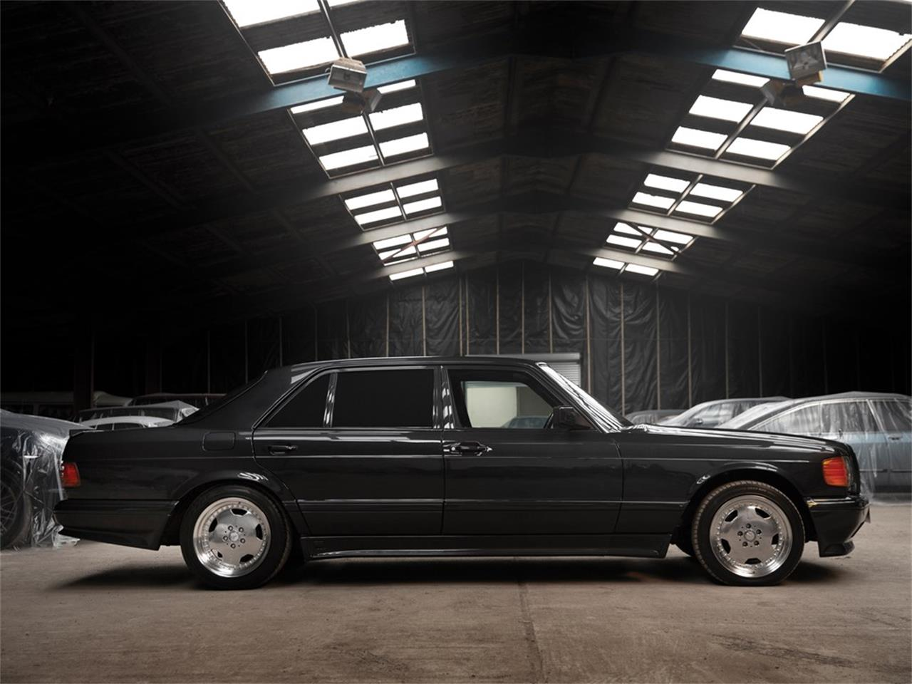 Large Picture of 1991 Mercedes-Benz 560SEL located in Essen  Auction Vehicle - PO37