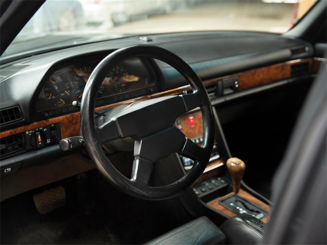 Large Picture of '91 Mercedes-Benz 560SEL Auction Vehicle - PO37