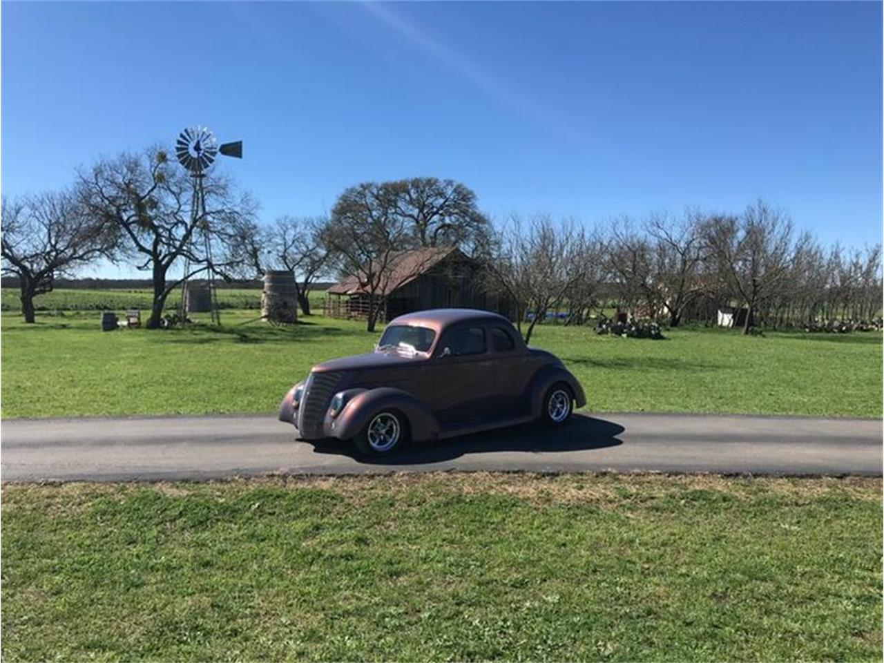 Large Picture of Classic 1937 Ford Coupe located in Fredericksburg Texas - $69,500.00 - PO6E