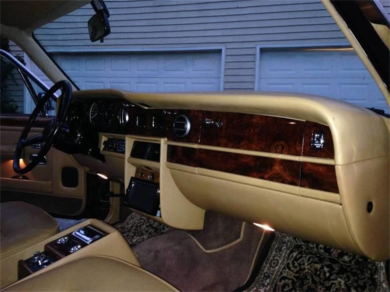 Large Picture of '87 Rolls-Royce Silver Spur Offered by DP9 Motorsports - POEX