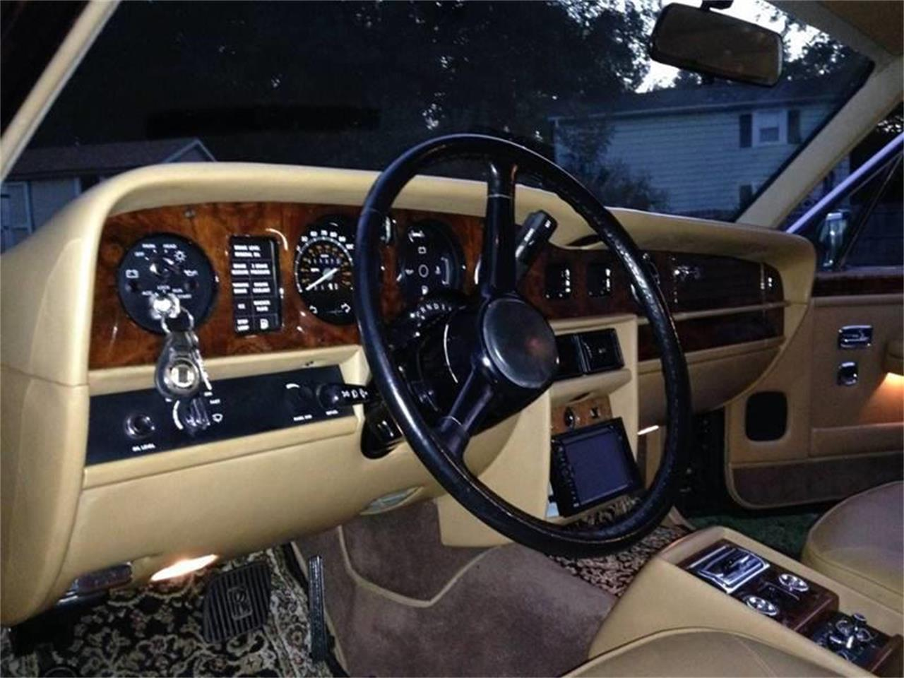 Large Picture of 1987 Rolls-Royce Silver Spur located in Long Island New York Offered by DP9 Motorsports - POEX