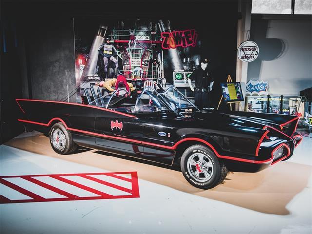 Picture of Classic '66 Custom Batmobile Auction Vehicle - PIUC