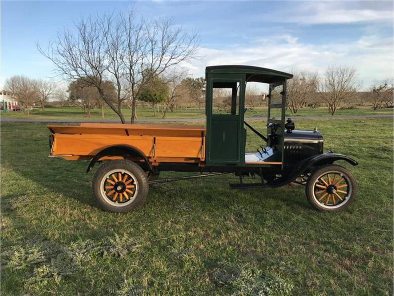 Large Picture of '25 Model T - POUA