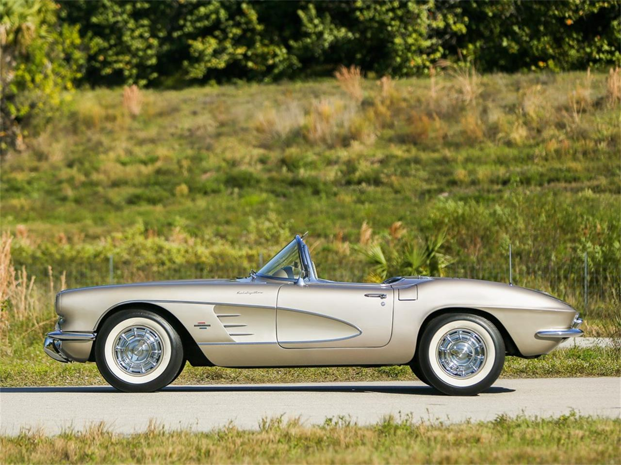 Large Picture of 1961 Chevrolet Corvette Auction Vehicle Offered by RM Sotheby's - PIVI
