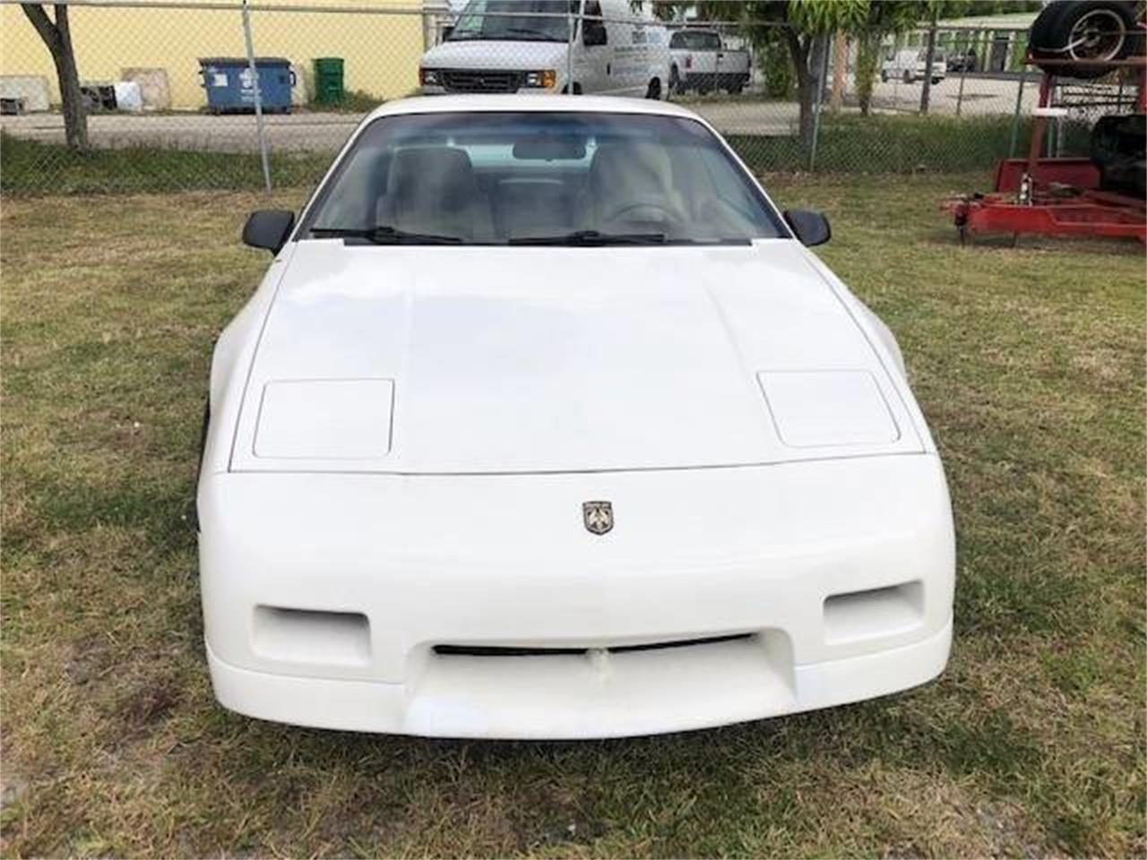 Large Picture of '88 Pontiac Fiero located in New York - POWM
