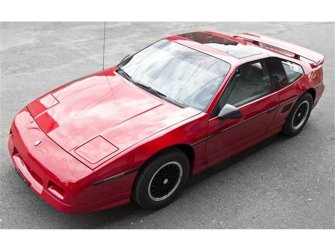 Large Picture of '88 Fiero - POWN