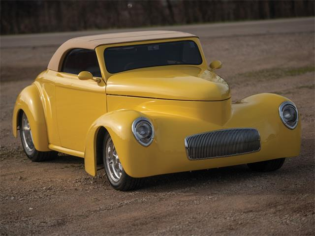 Picture of 1941 Willys Hardtop Convertible Custom Auction Vehicle - PIW8