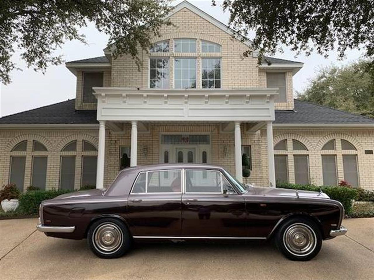 Large Picture of '69 Silver Shadow - PP44