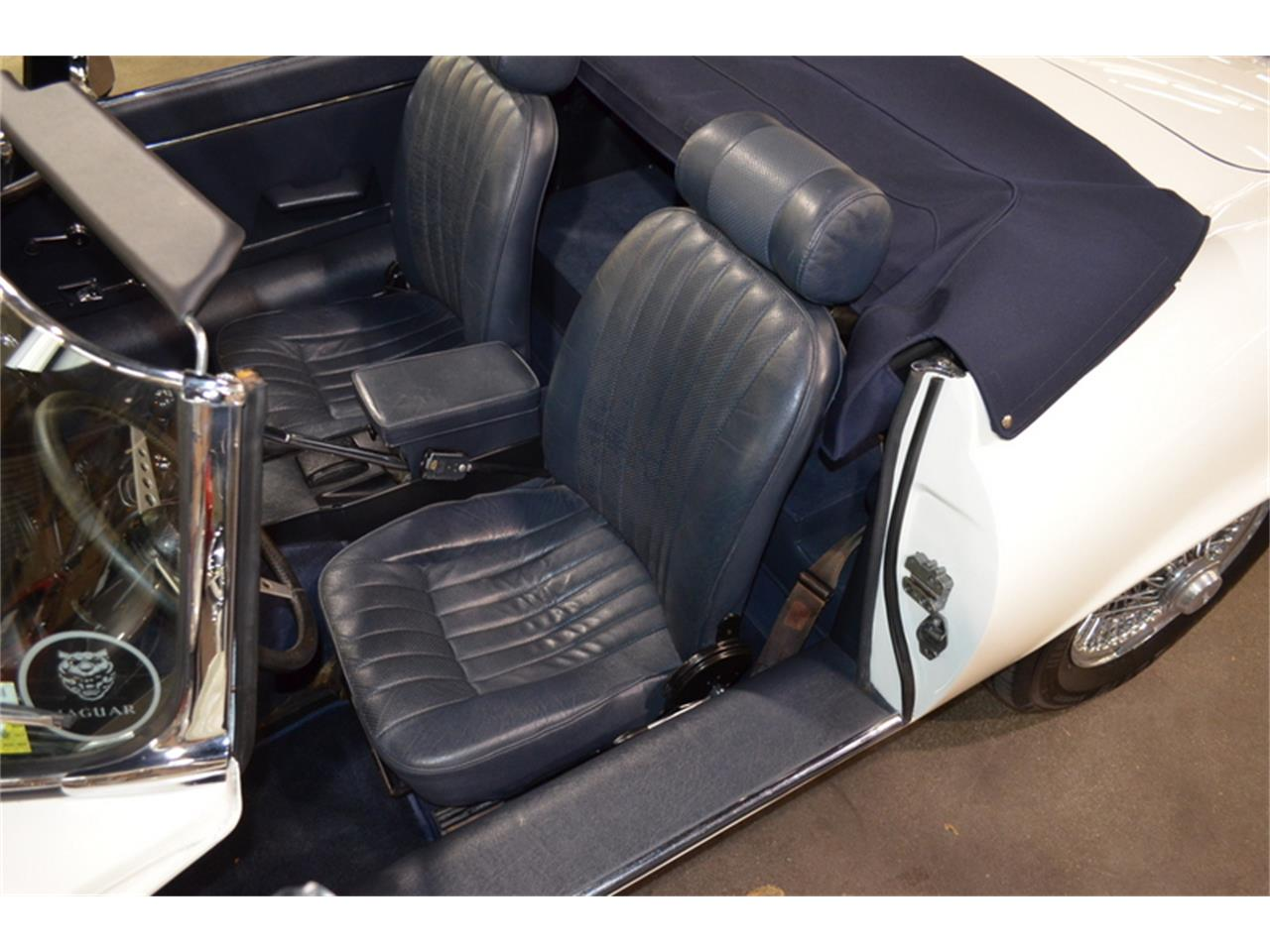 Large Picture of '74 E-Type - PPER