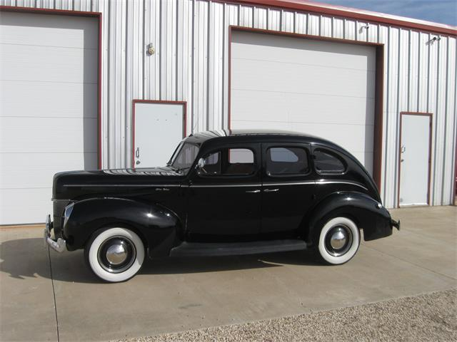 Picture of 1940 Ford 4-Dr Sedan located in Texas Offered by a Private Seller - PPFS