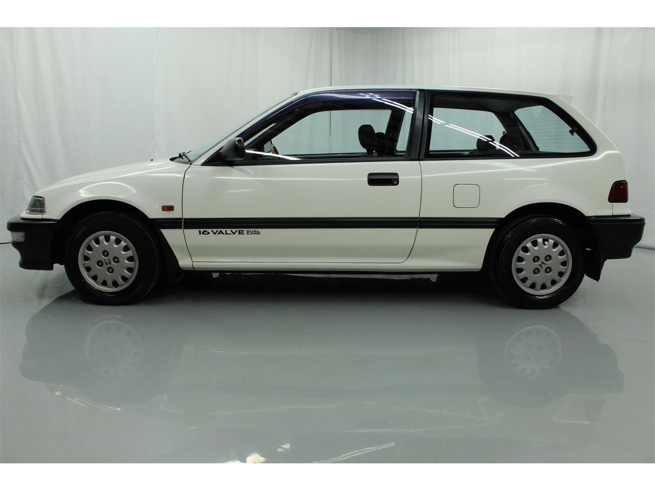 Large Picture of 1990 Honda Civic located in Christiansburg Virginia - PPNF