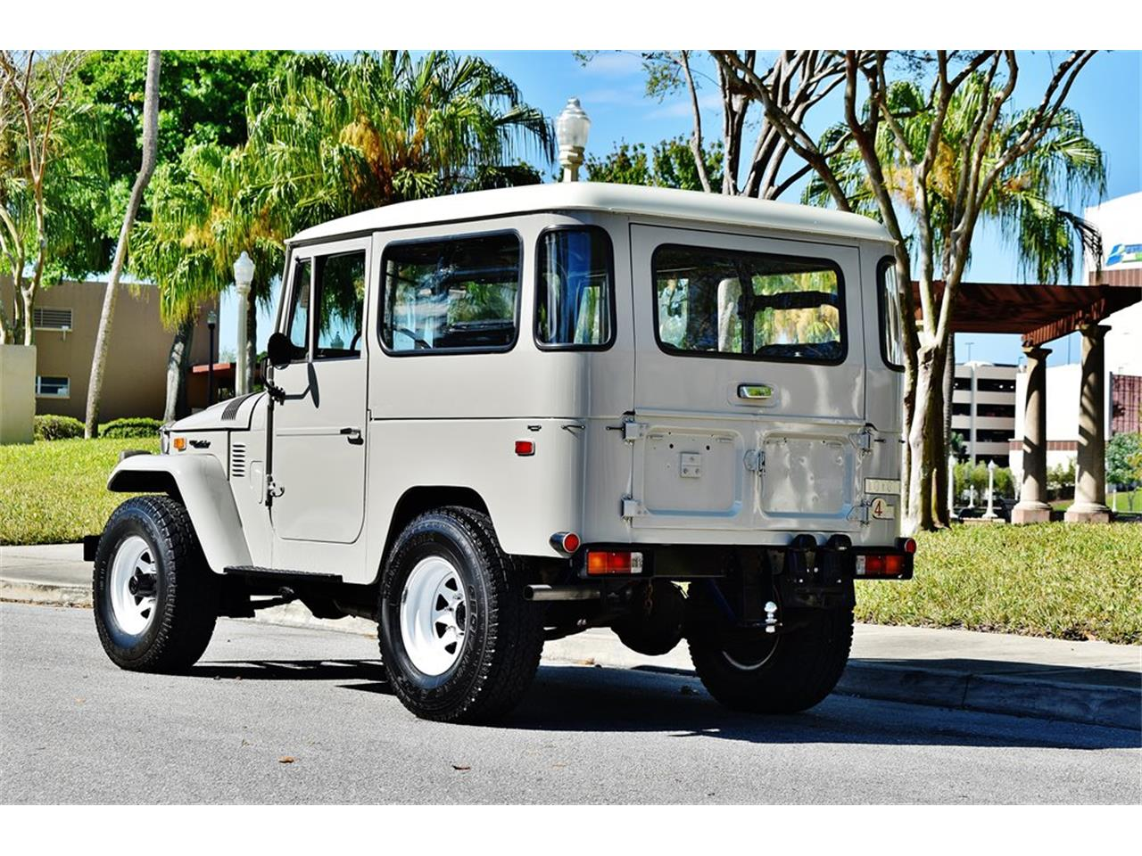 Large Picture of '74 Land Cruiser FJ40 - PPQR
