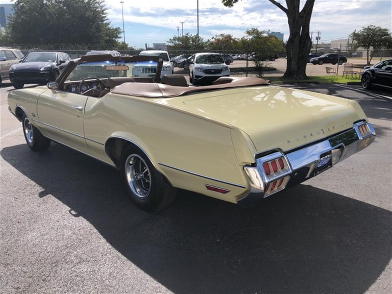 Large Picture of Classic '72 Oldsmobile Cutlass located in Houston Texas Offered by Brazelton Auto - PPTS