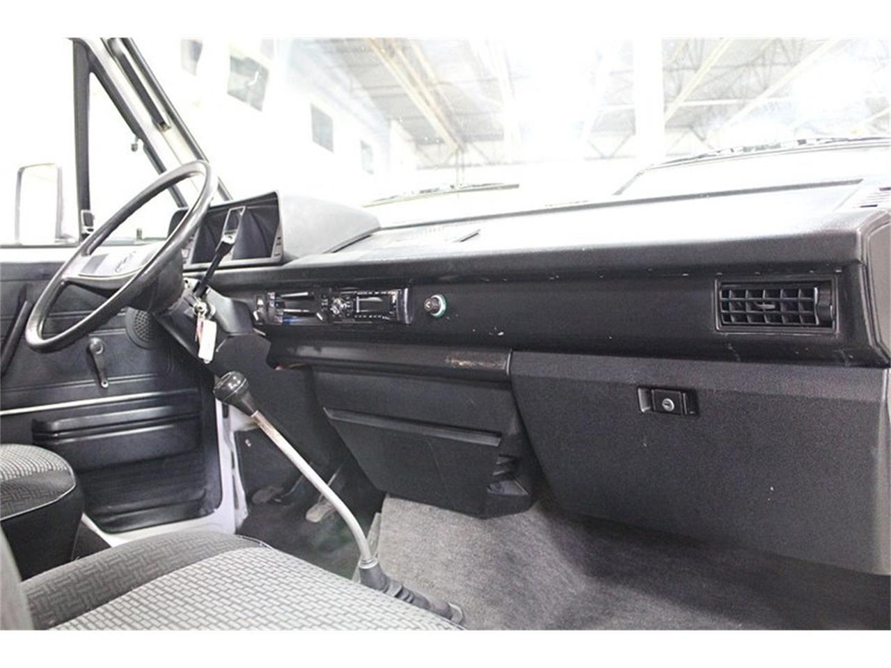 Large Picture of '83 Volkswagen Van - PPV8