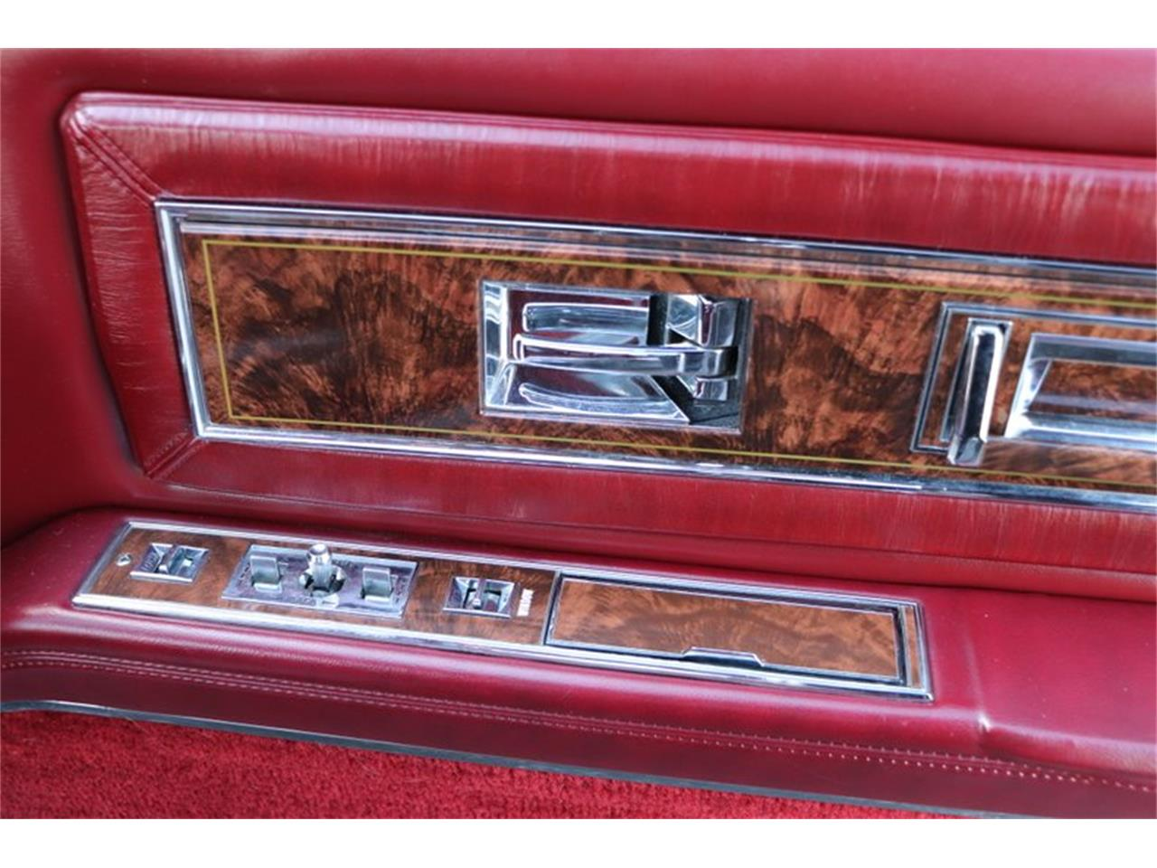 Large Picture of '82 Oldsmobile Toronado located in Alsip Illinois - $8,900.00 Offered by Midwest Car Exchange - PPX3