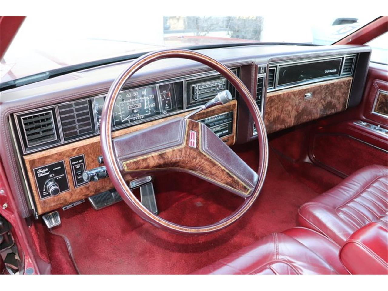 Large Picture of 1982 Toronado located in Illinois - $8,900.00 - PPX3