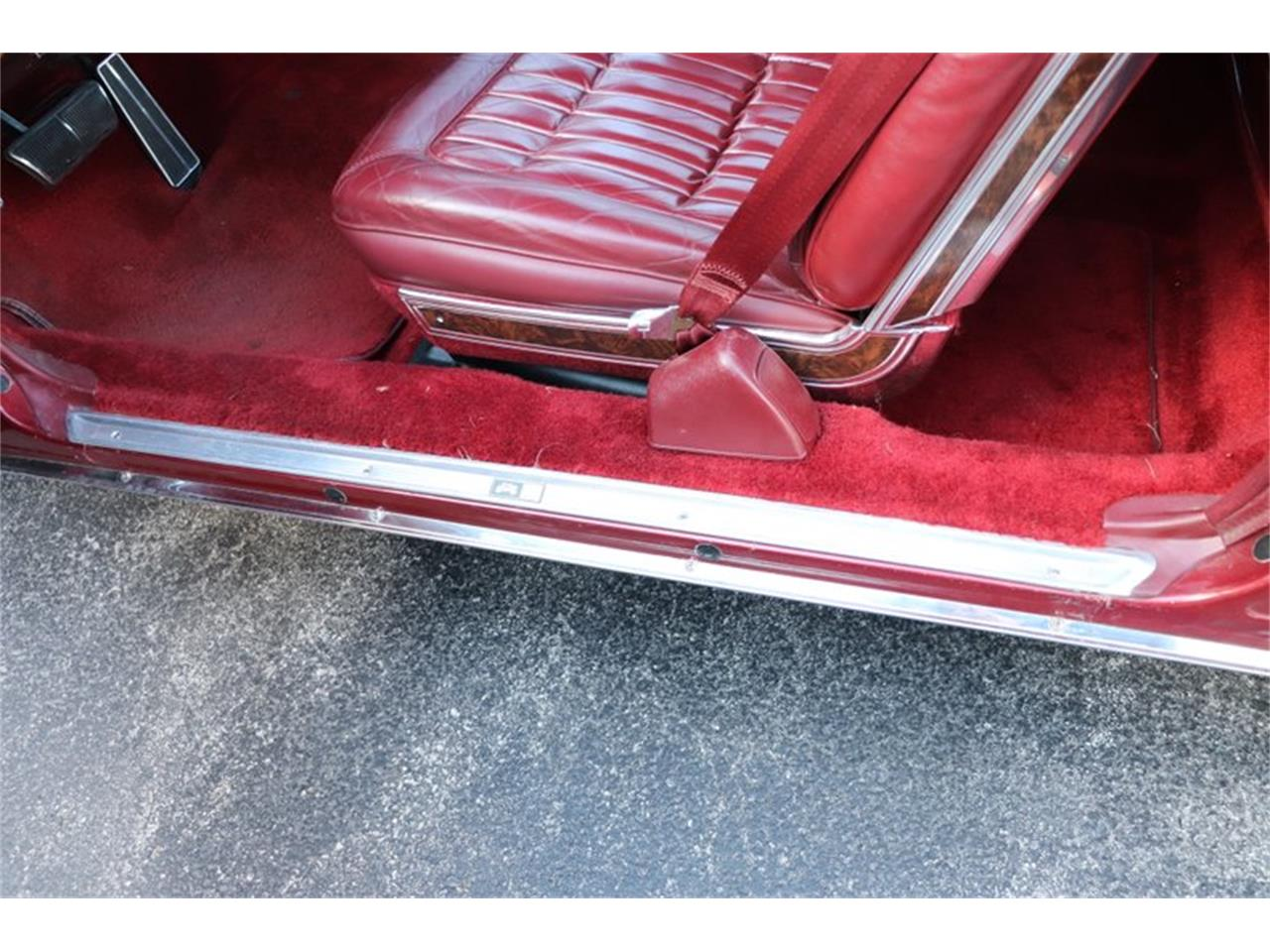 Large Picture of '82 Toronado Offered by Midwest Car Exchange - PPX3