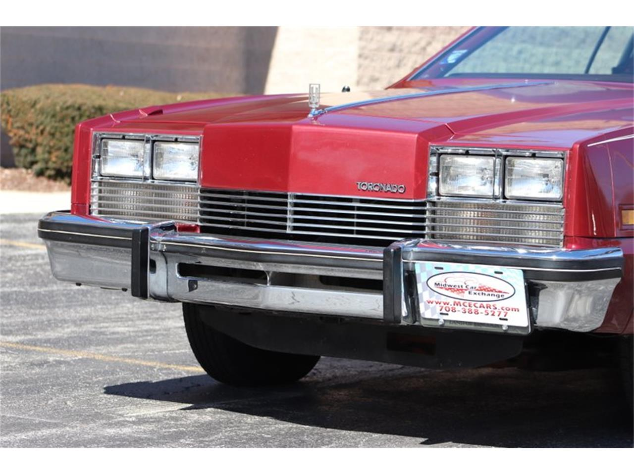 Large Picture of '82 Oldsmobile Toronado located in Illinois - $8,900.00 - PPX3