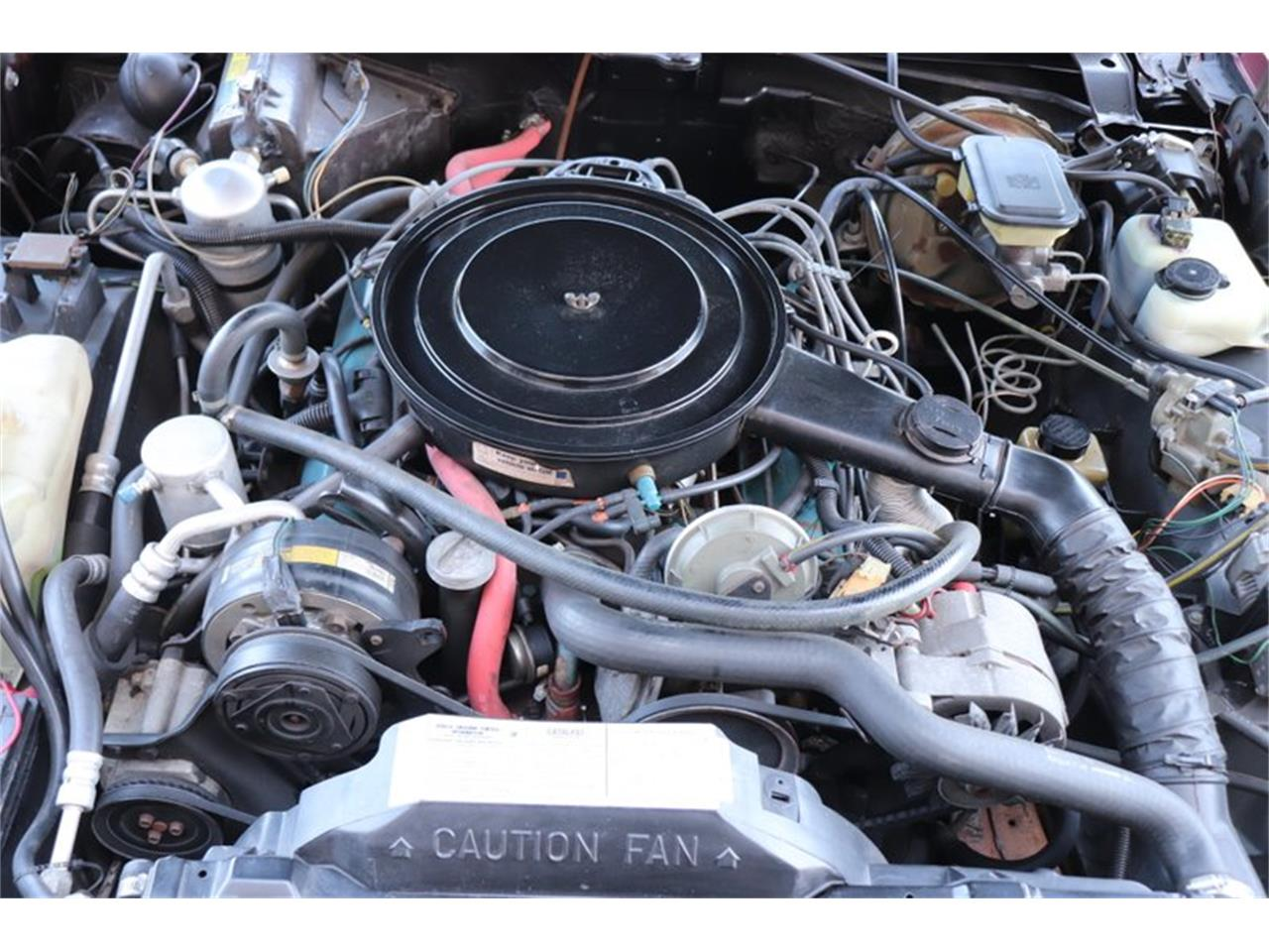 Large Picture of '82 Oldsmobile Toronado - $8,900.00 Offered by Midwest Car Exchange - PPX3