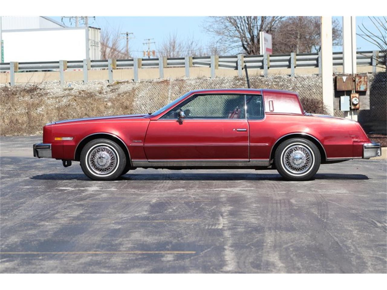Large Picture of '82 Toronado located in Alsip Illinois - $8,900.00 - PPX3