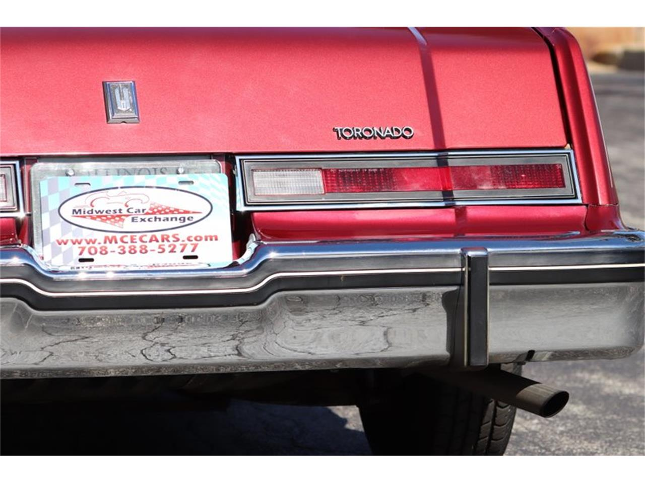 Large Picture of 1982 Oldsmobile Toronado located in Illinois - $8,900.00 Offered by Midwest Car Exchange - PPX3