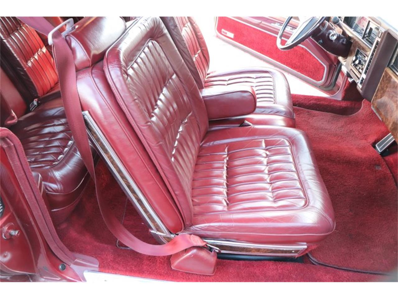 Large Picture of '82 Oldsmobile Toronado Offered by Midwest Car Exchange - PPX3
