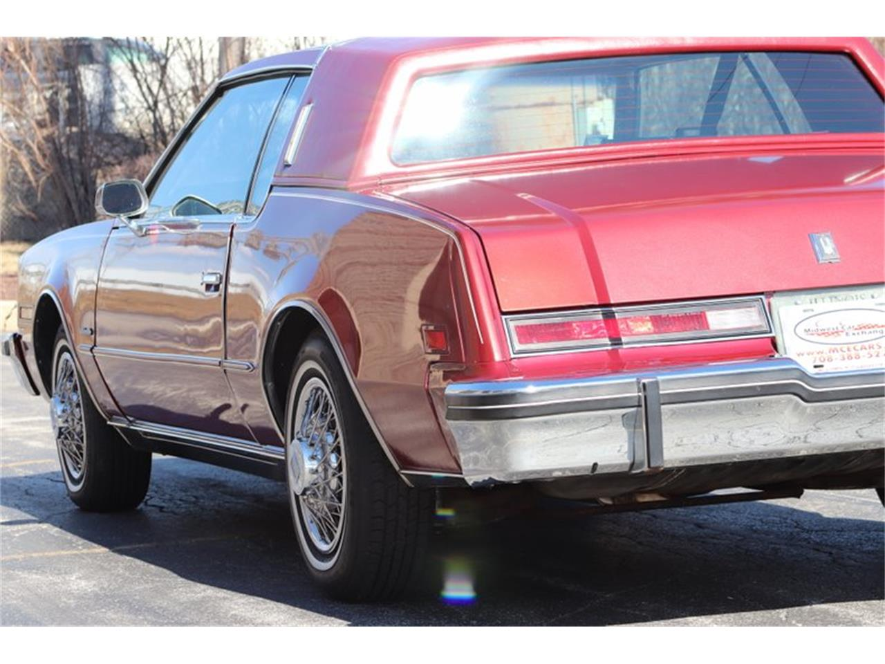 Large Picture of 1982 Toronado Offered by Midwest Car Exchange - PPX3
