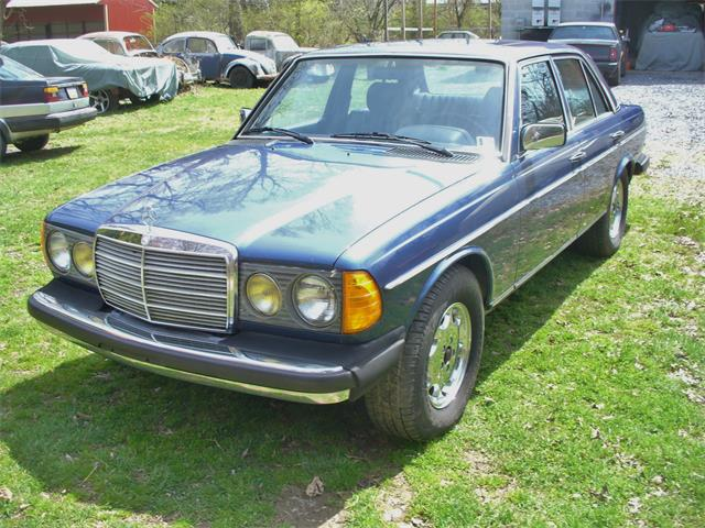 Picture of 1985 Mercedes-Benz 300D - $4,950.00 Offered by a Private Seller - PQPN