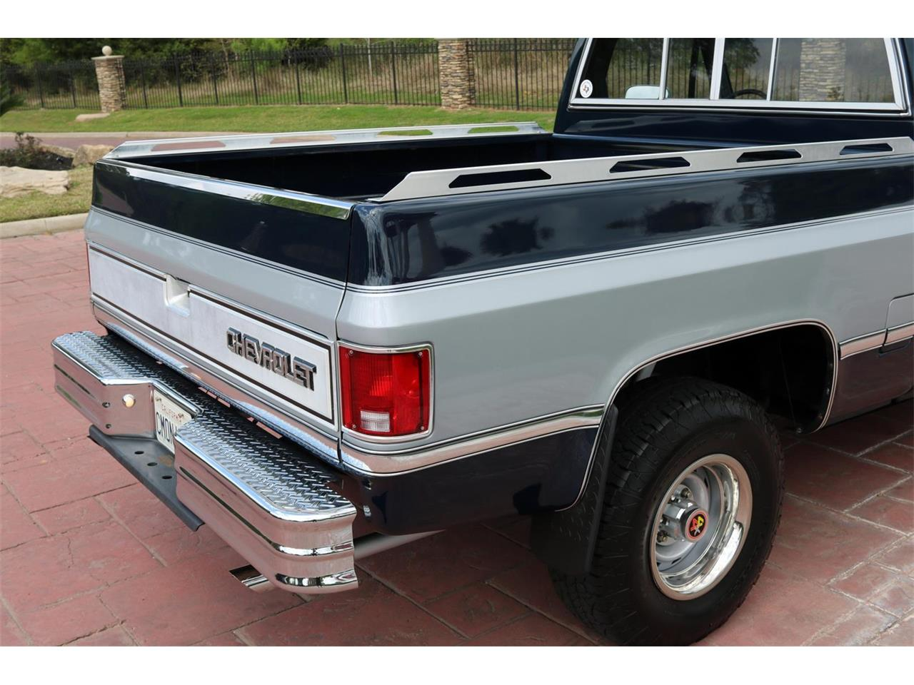 Large Picture of '83 Chevrolet K-10 - $21,900.00 - PQPT