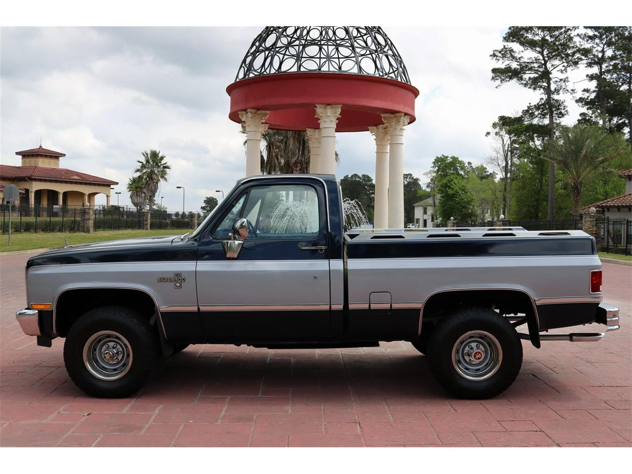 Large Picture of 1983 Chevrolet K-10 located in Texas - $21,900.00 Offered by Texas Trucks and Classics - PQPT