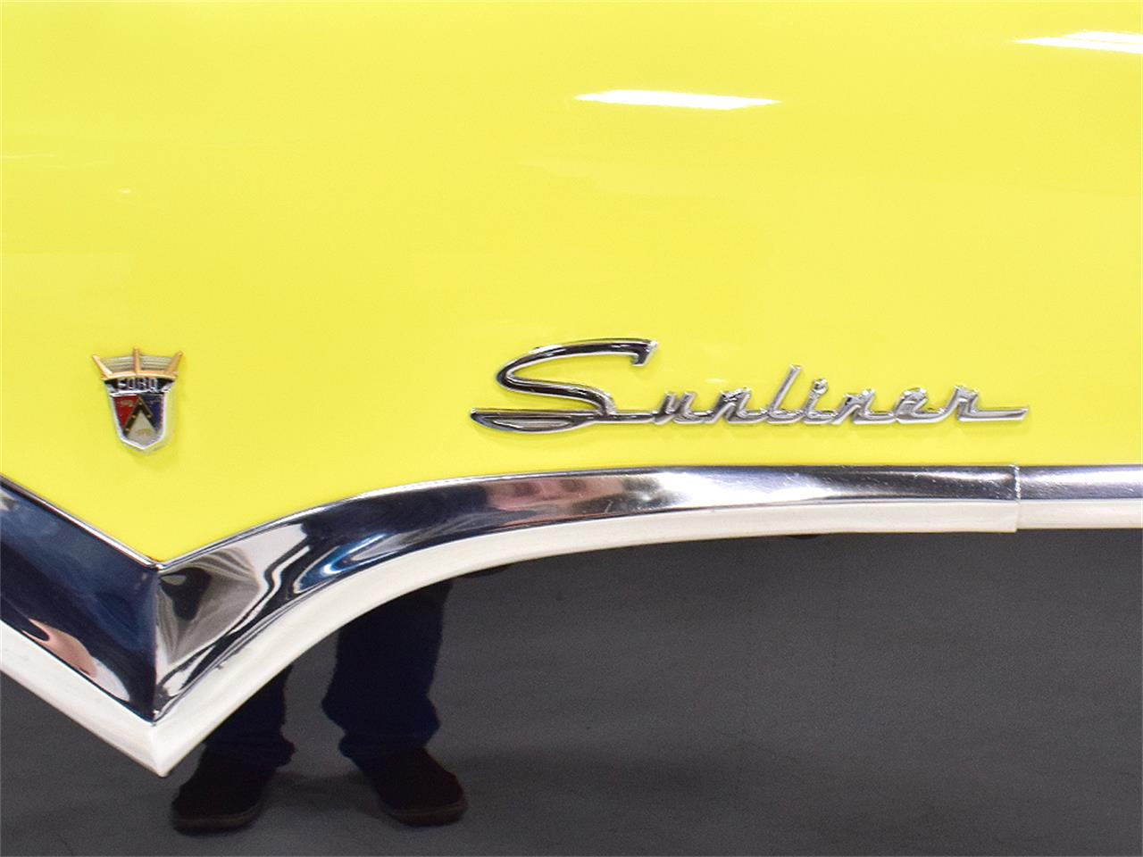 Large Picture of '55 Fairlane Sunliner - PQVC