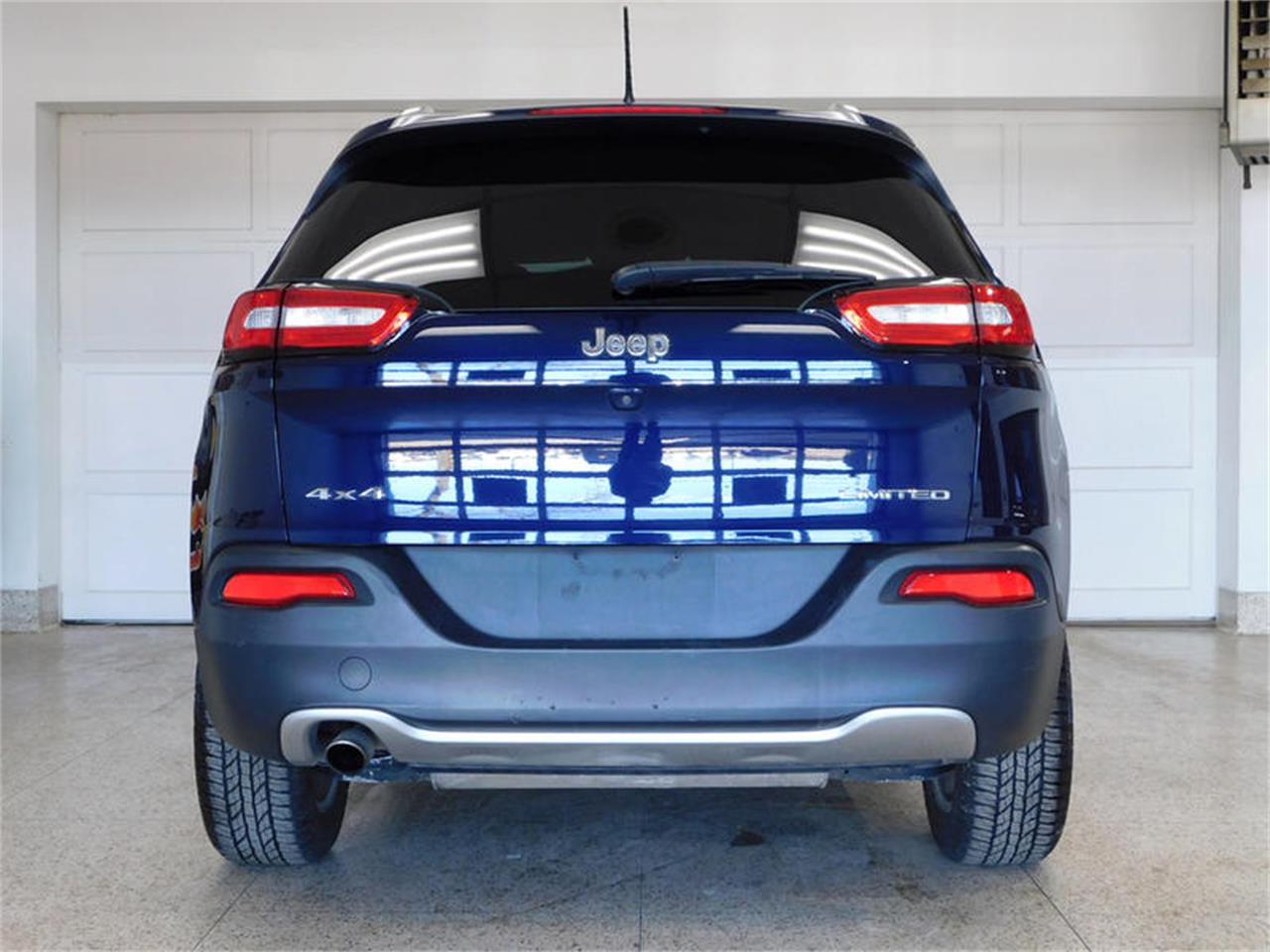 Large Picture of 2014 Cherokee located in Hamburg New York Offered by Superior Auto Sales - PQXB