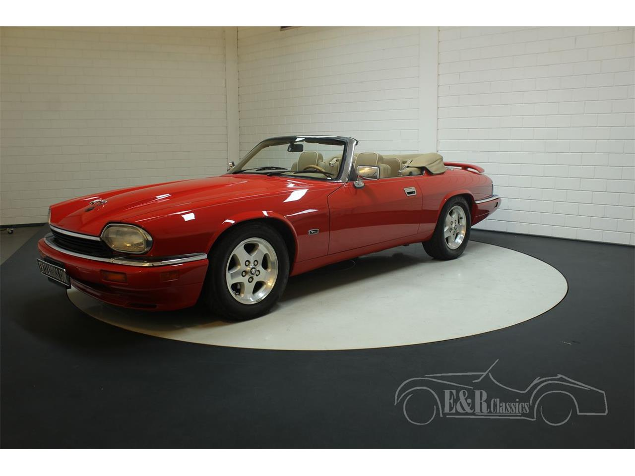 Large Picture of '96 Jaguar XJS - PR0N