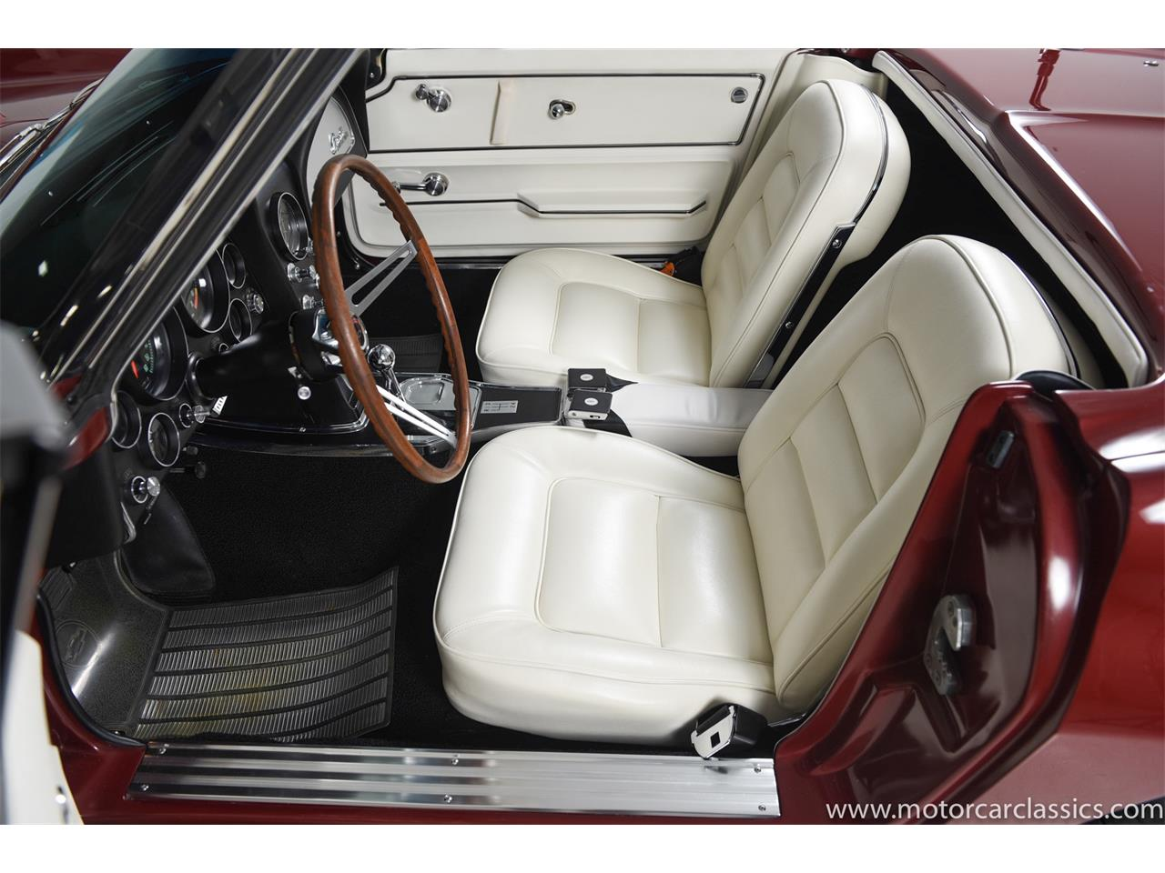Large Picture of 1965 Chevrolet Corvette located in Farmingdale New York Offered by Motorcar Classics - PR15