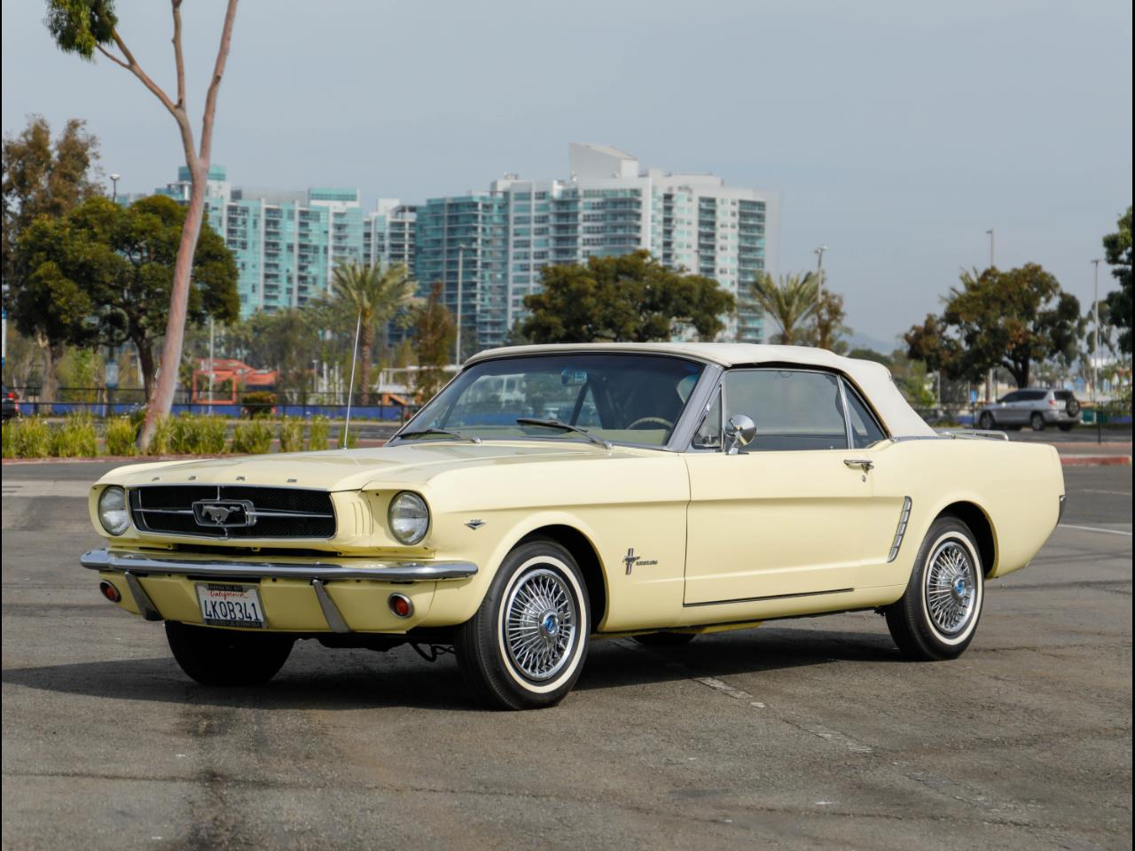 Large Picture of '65 Ford Mustang located in California - PR18