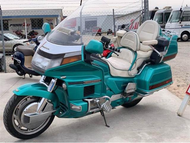Picture of '94 Goldwing - PR4W