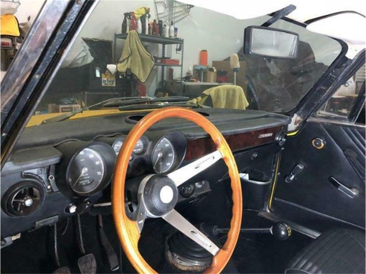 Large Picture of '74 2000 GT - PR5O