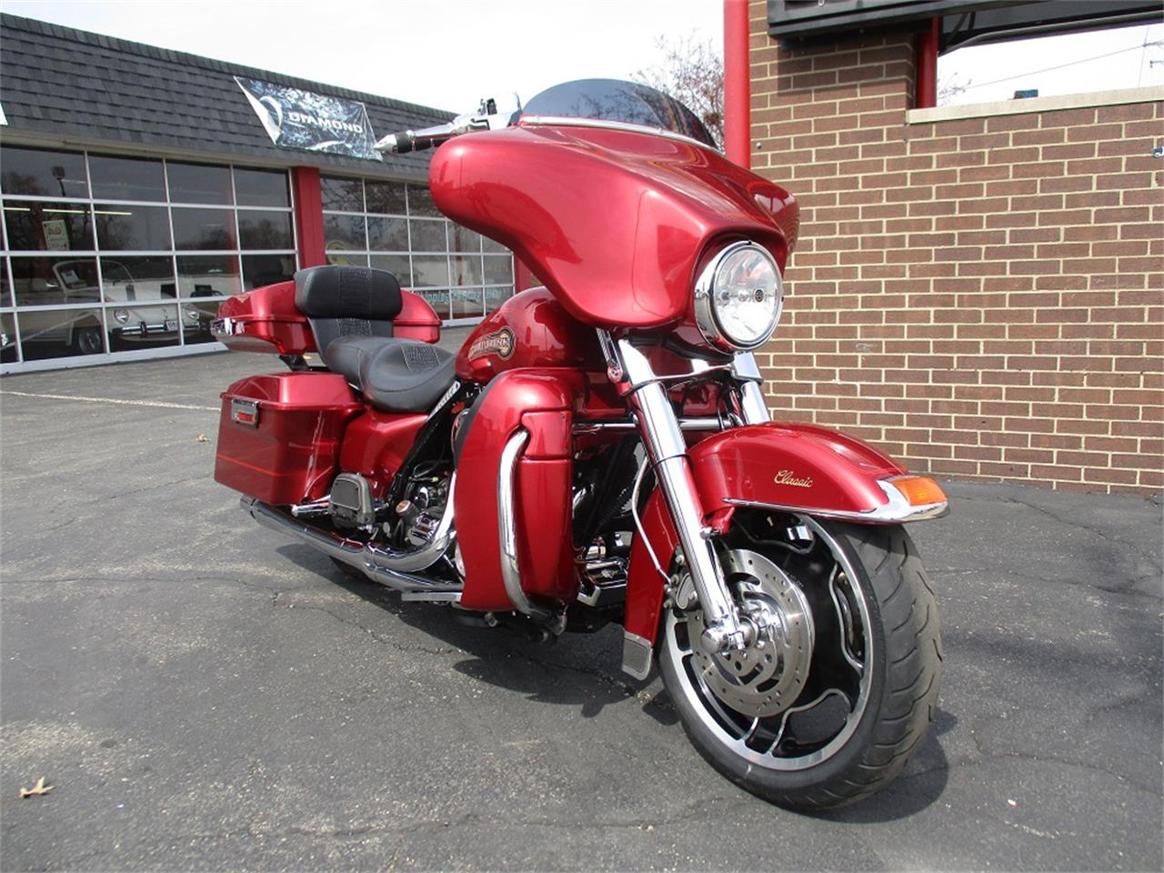 Large Picture of 2005 Harley-Davidson Electra Glide located in Sterling Illinois - PR89