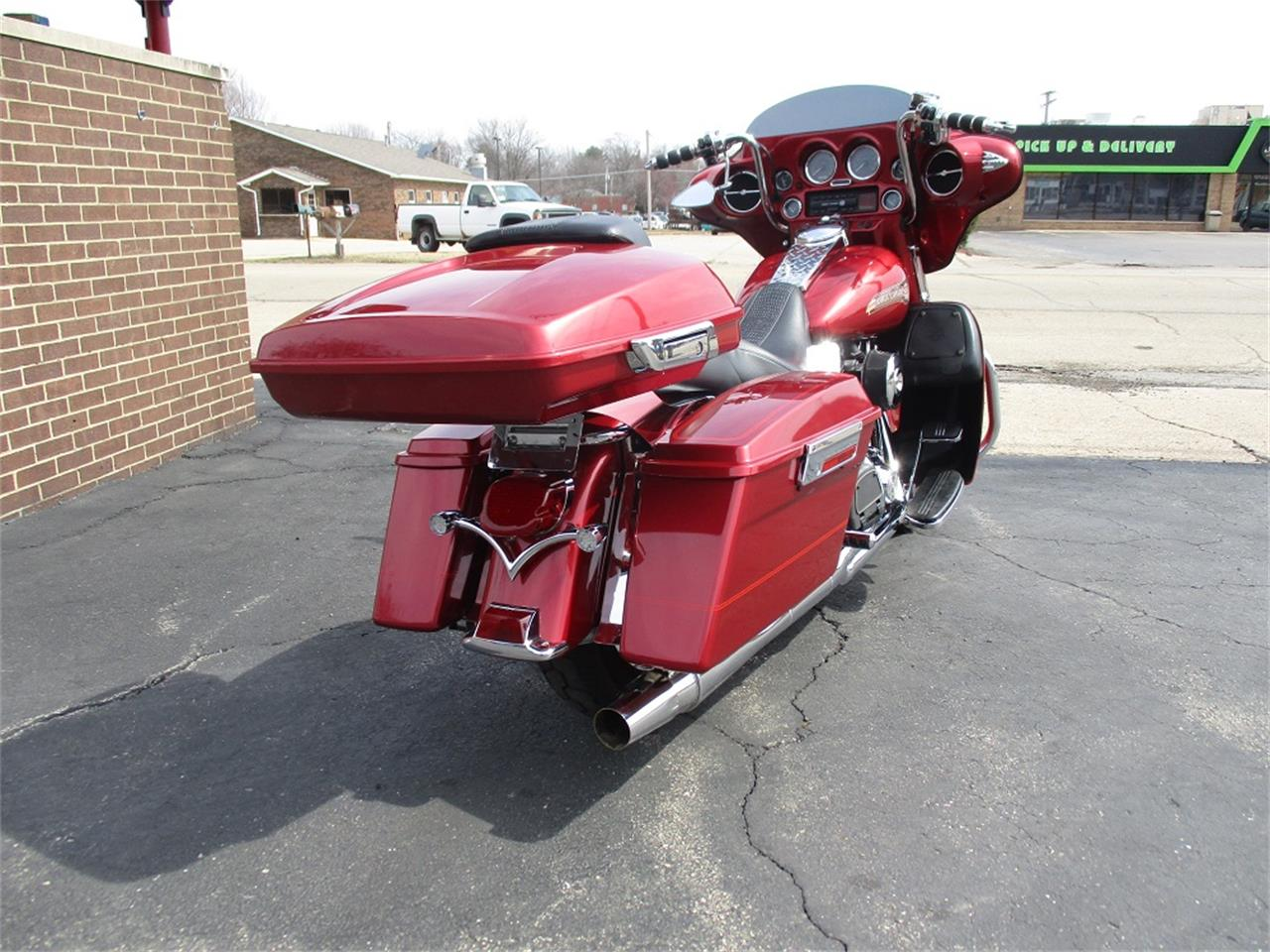 Large Picture of '05 Harley-Davidson Electra Glide located in Illinois - PR89