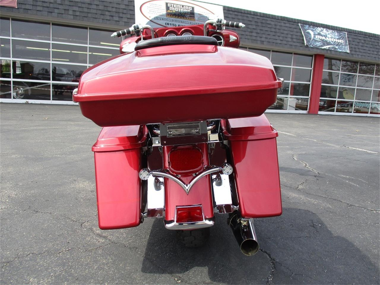 Large Picture of 2005 Electra Glide located in Sterling Illinois - $9,500.00 - PR89