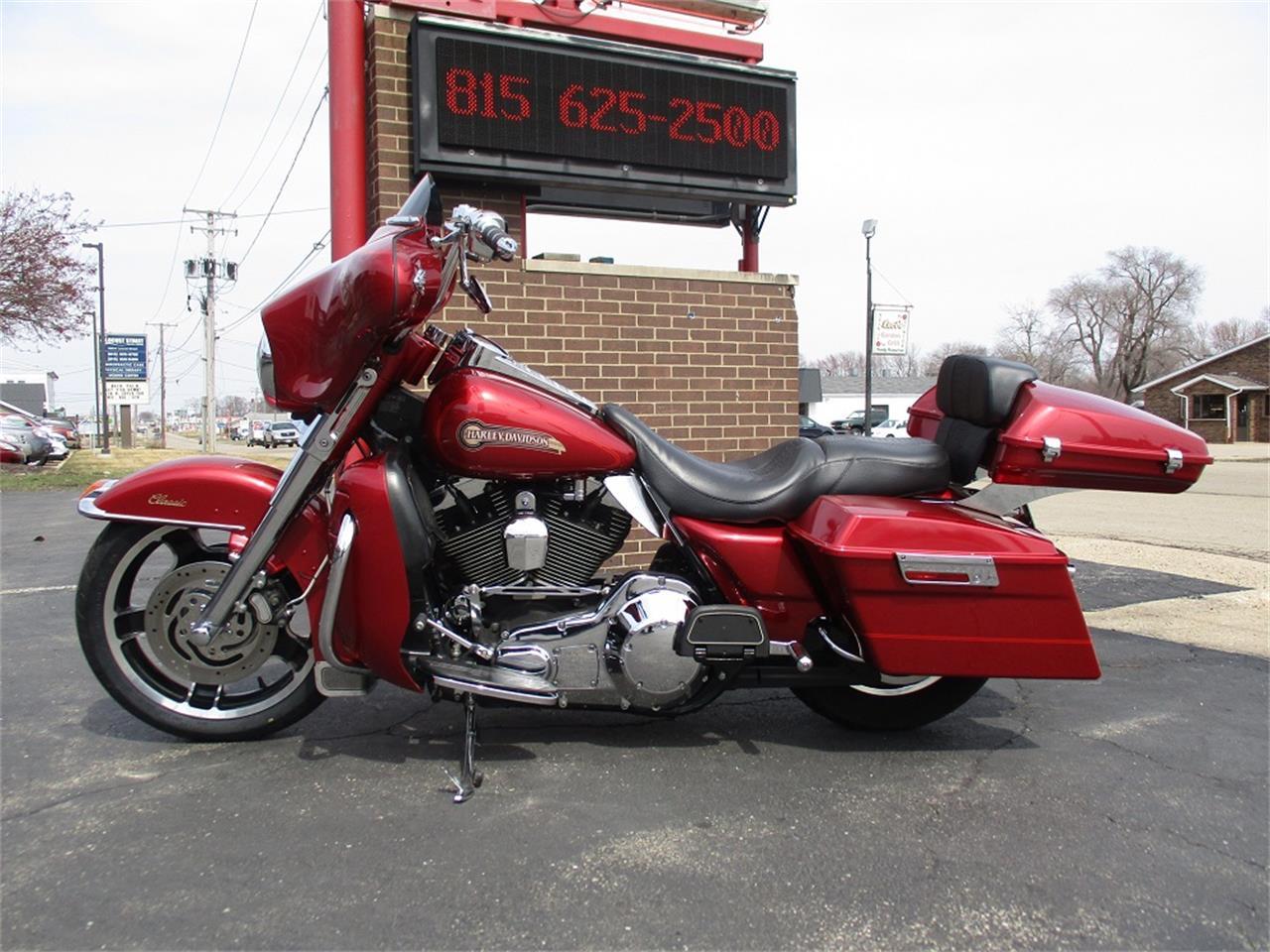Large Picture of 2005 Harley-Davidson Electra Glide - PR89