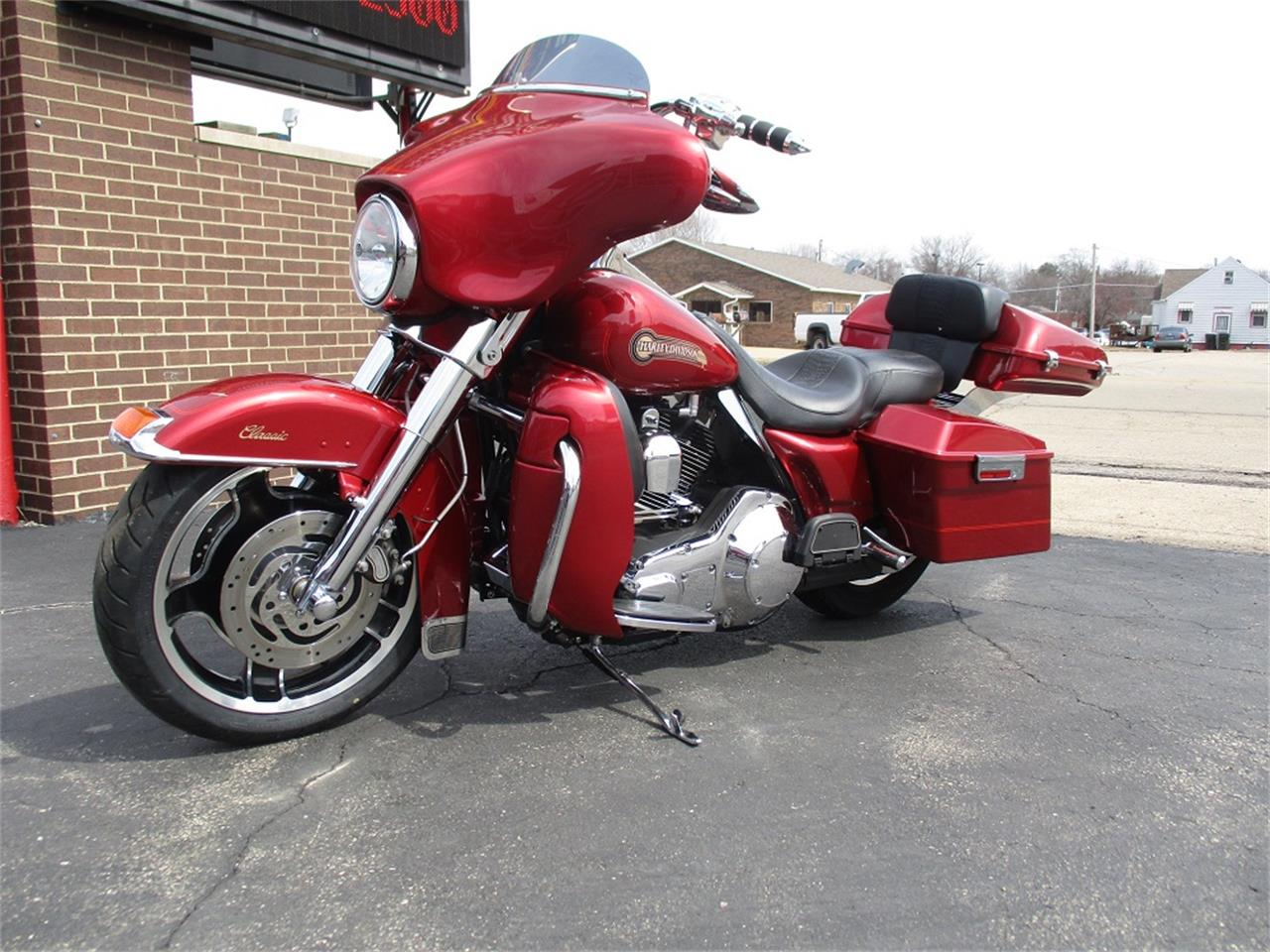 Large Picture of 2005 Harley-Davidson Electra Glide located in Illinois Offered by Sterling Motors Inc. - PR89