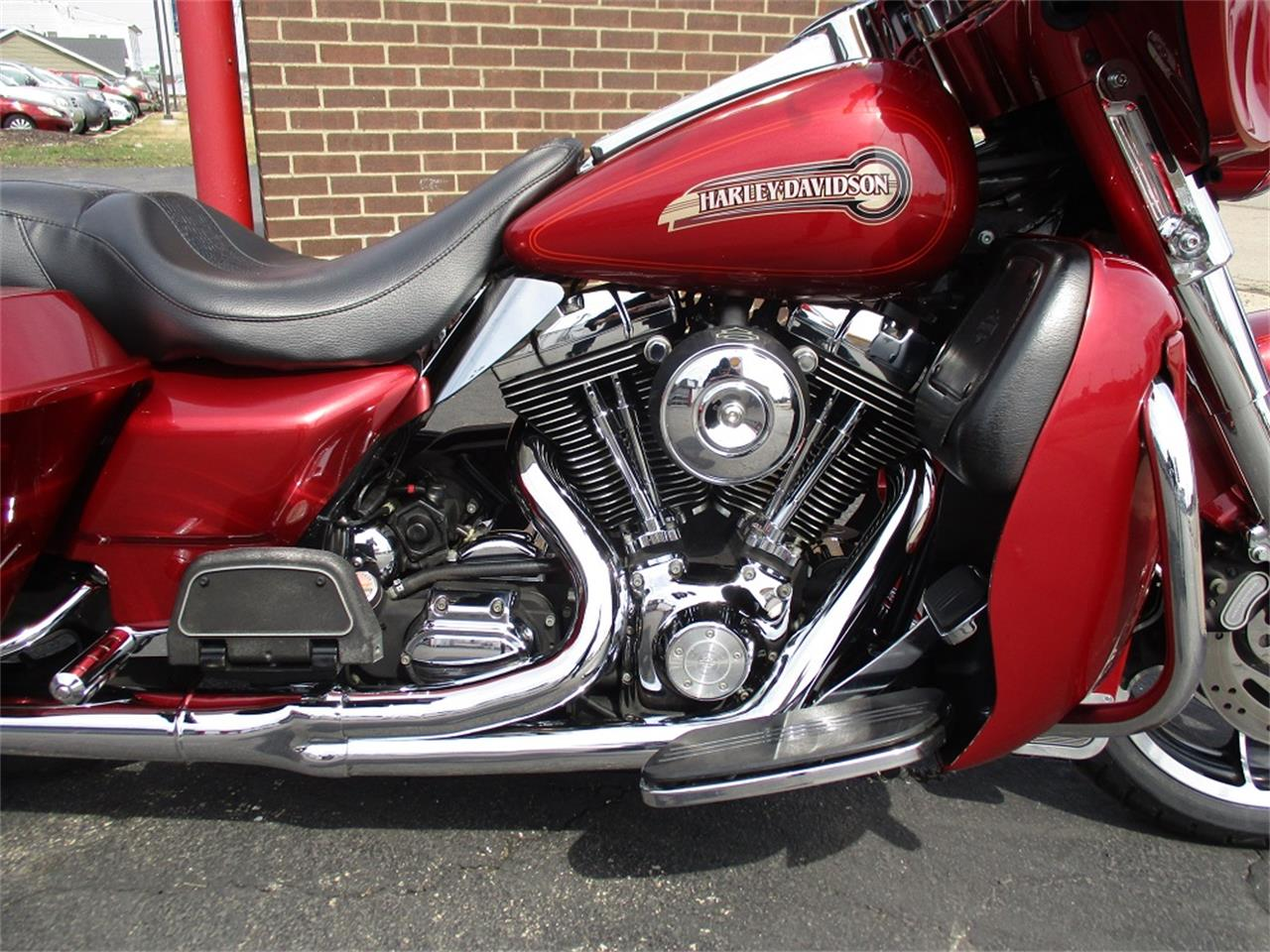 Large Picture of '05 Harley-Davidson Electra Glide located in Sterling Illinois - $9,500.00 Offered by Sterling Motors Inc. - PR89