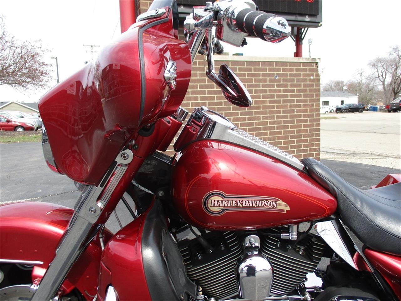 Large Picture of '05 Harley-Davidson Electra Glide Offered by Sterling Motors Inc. - PR89