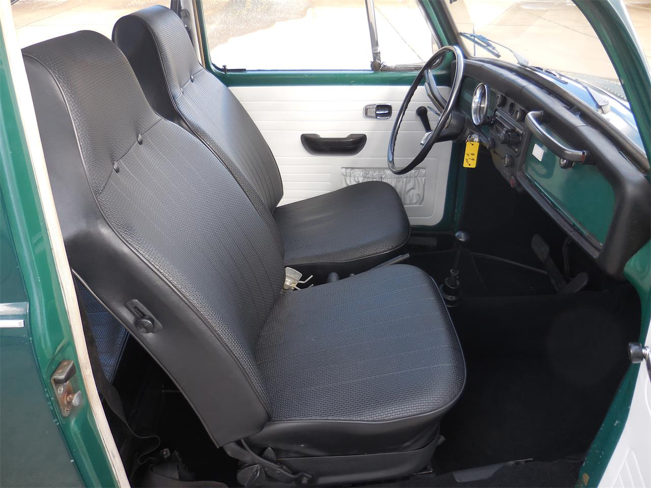 Large Picture of '69 Beetle - PR98